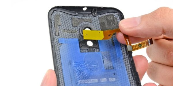 Reparação da câmara traseira Motorola Moto X
