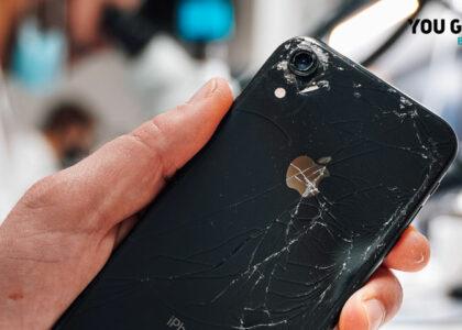iphone com tampa traseira partida